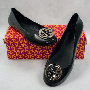 Tory Burch Rounded Toe Jelly Flats in Black